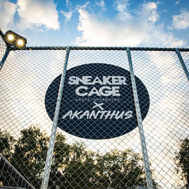 Sneaker Cage x Akanthus  - Black Top Coast