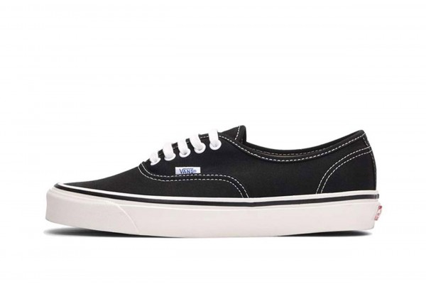 VANS UA AUTHENTIC 44 DX VA38ENMR2-MR2 Μαύρο