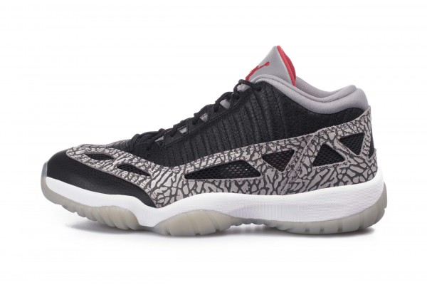 JORDAN AIR 11 RETRO LOW IE 919712-006 Black