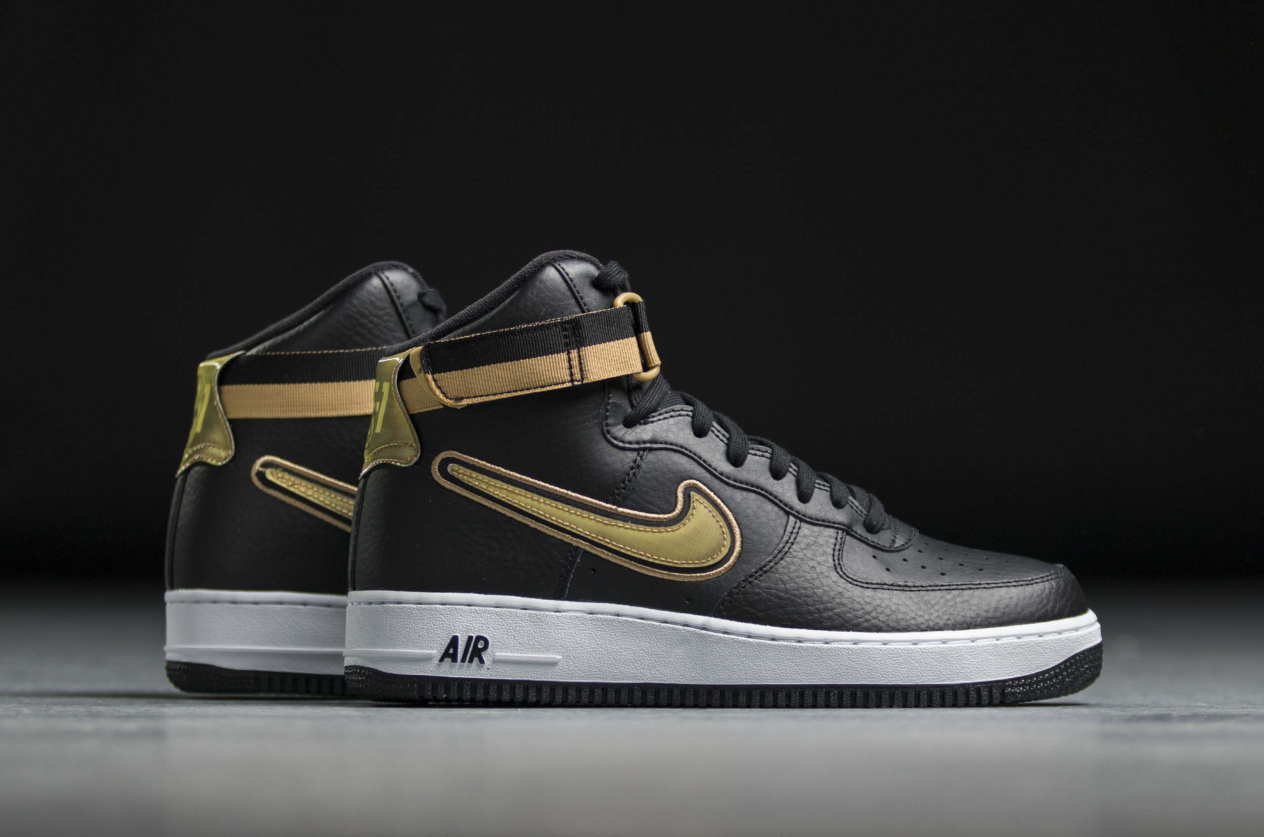 NIKE AIR FORCE 1 HIGH '07 LV8 AV3938-001 Μαύρο