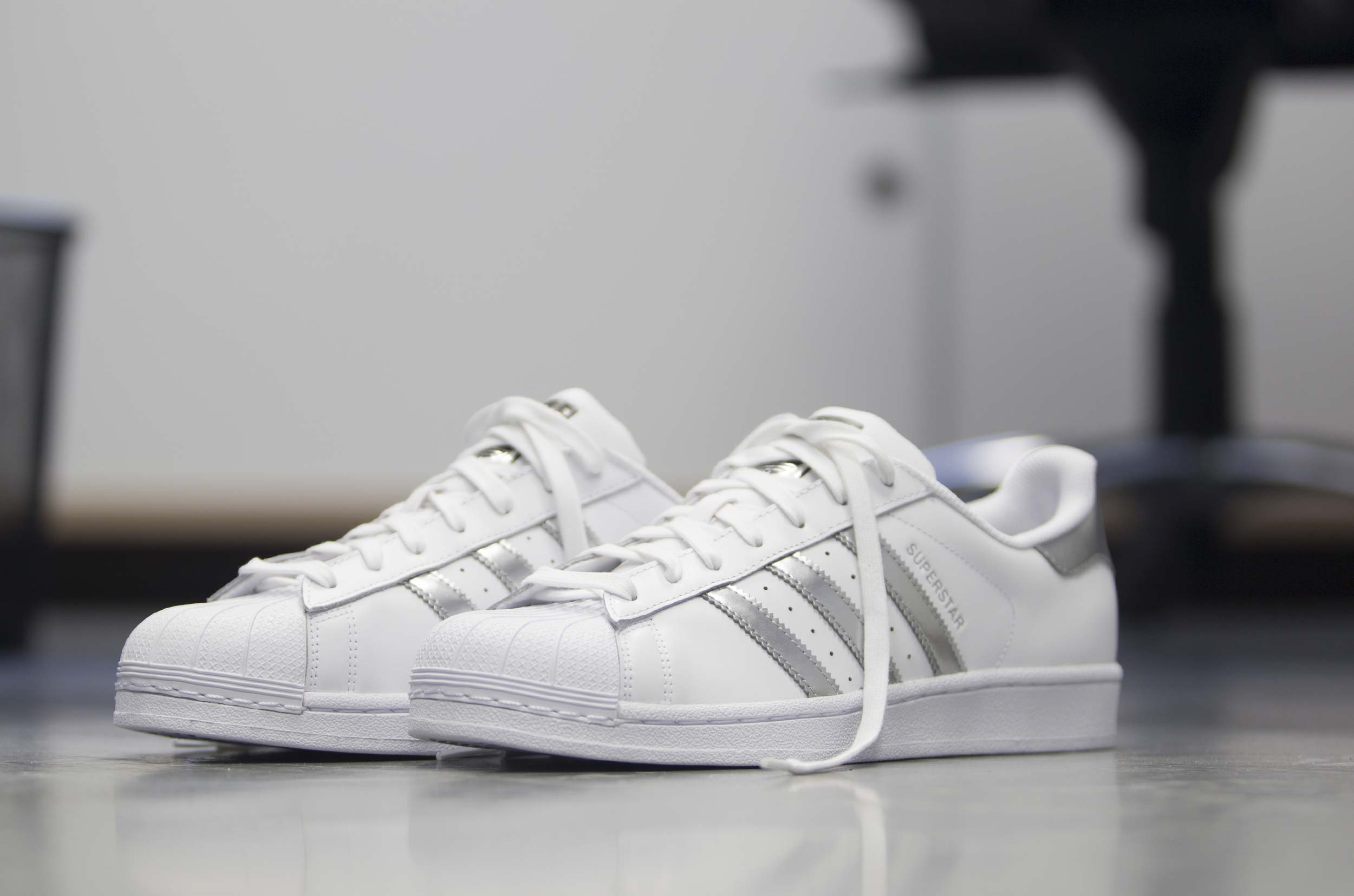 Adidas superstar aq3091 originali.