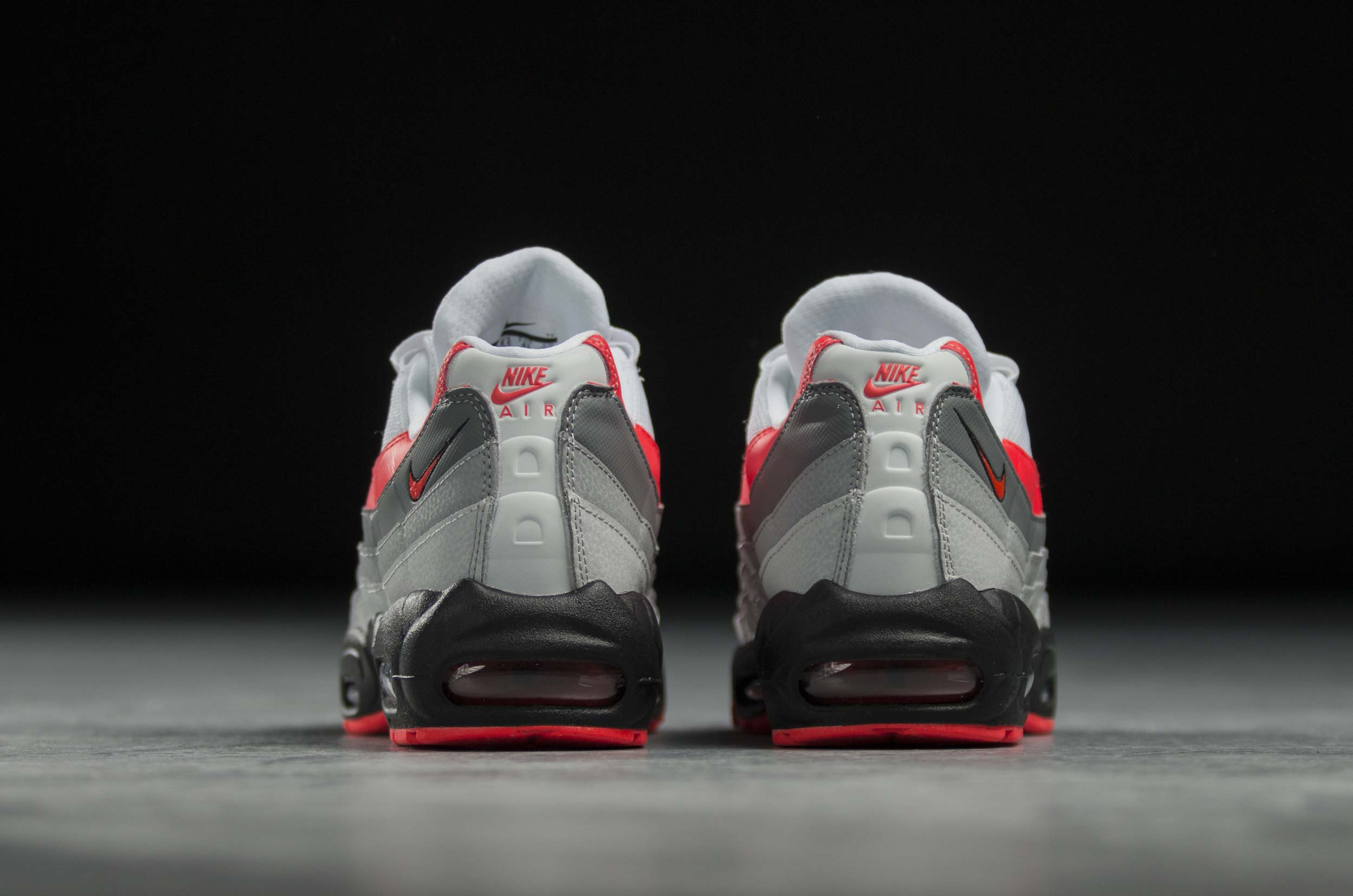 NIKE AIR MAX 95 ESSENTIAL 749766-112 Λευκό