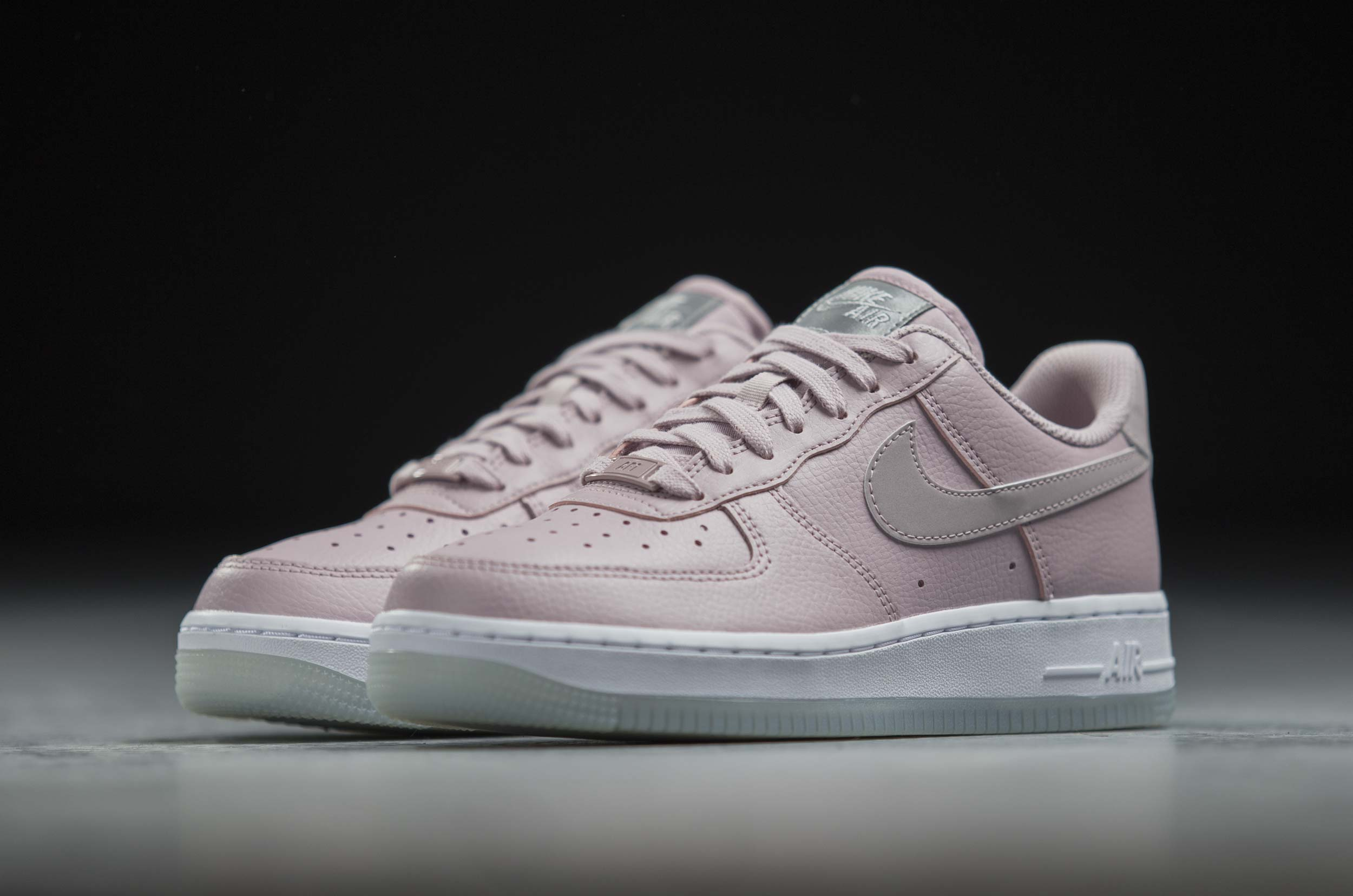 NIKE AIR FORCE 1 '07 ESSENTIAL AO2132-500 Ροζ
