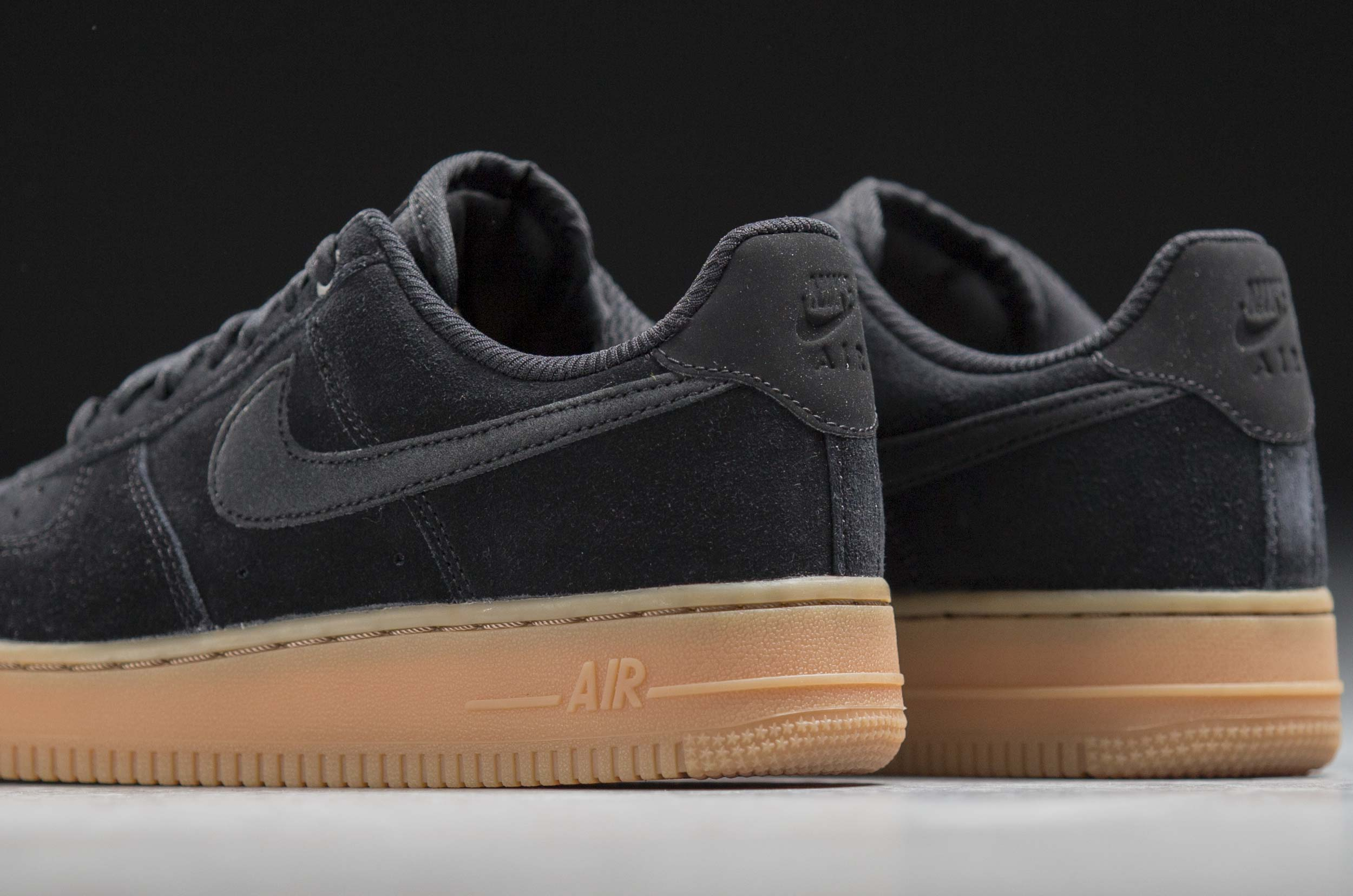 NIKE AIR FORCE 1 '07 SE LOW AA0287-002 Μαύρο