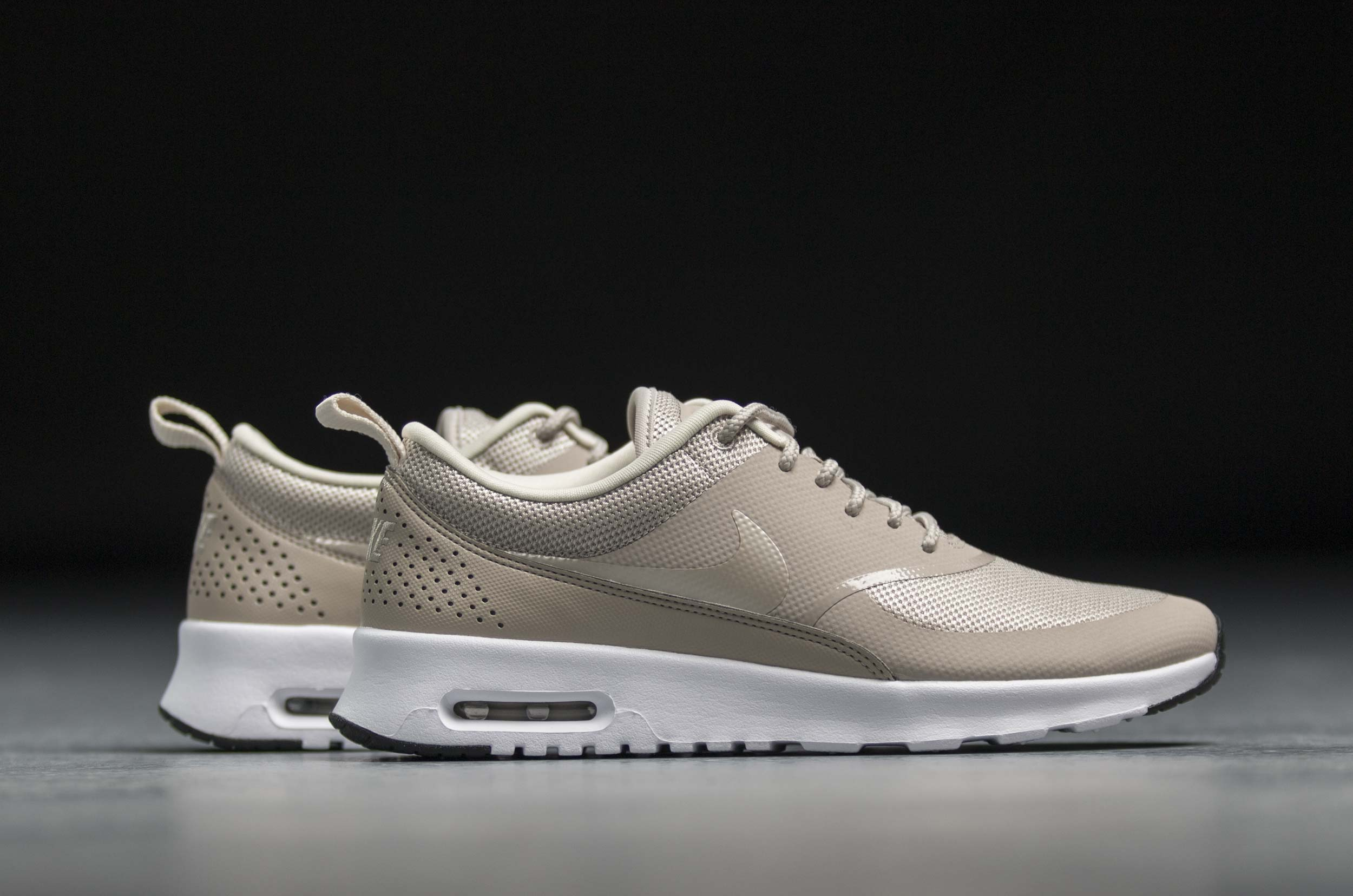 new product 6ebb1 49a16 NIKE AIR MAX THEA 599409-205 Μπέζ ...