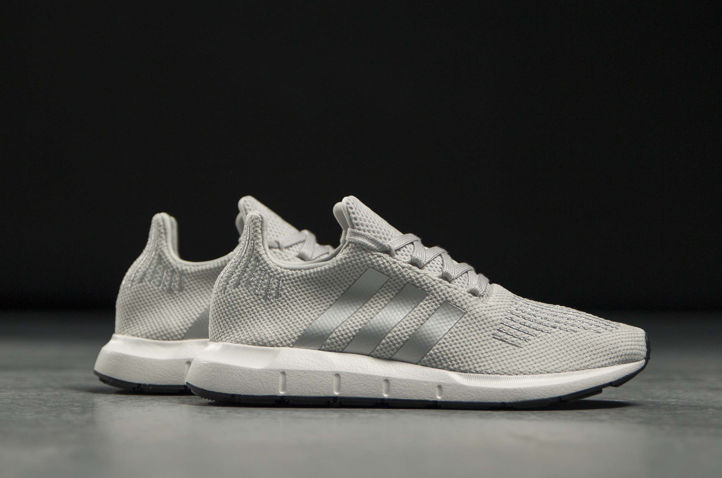 4c72ba29be9 adidas Originals SWIFT RUN W CG4146 Γκρί