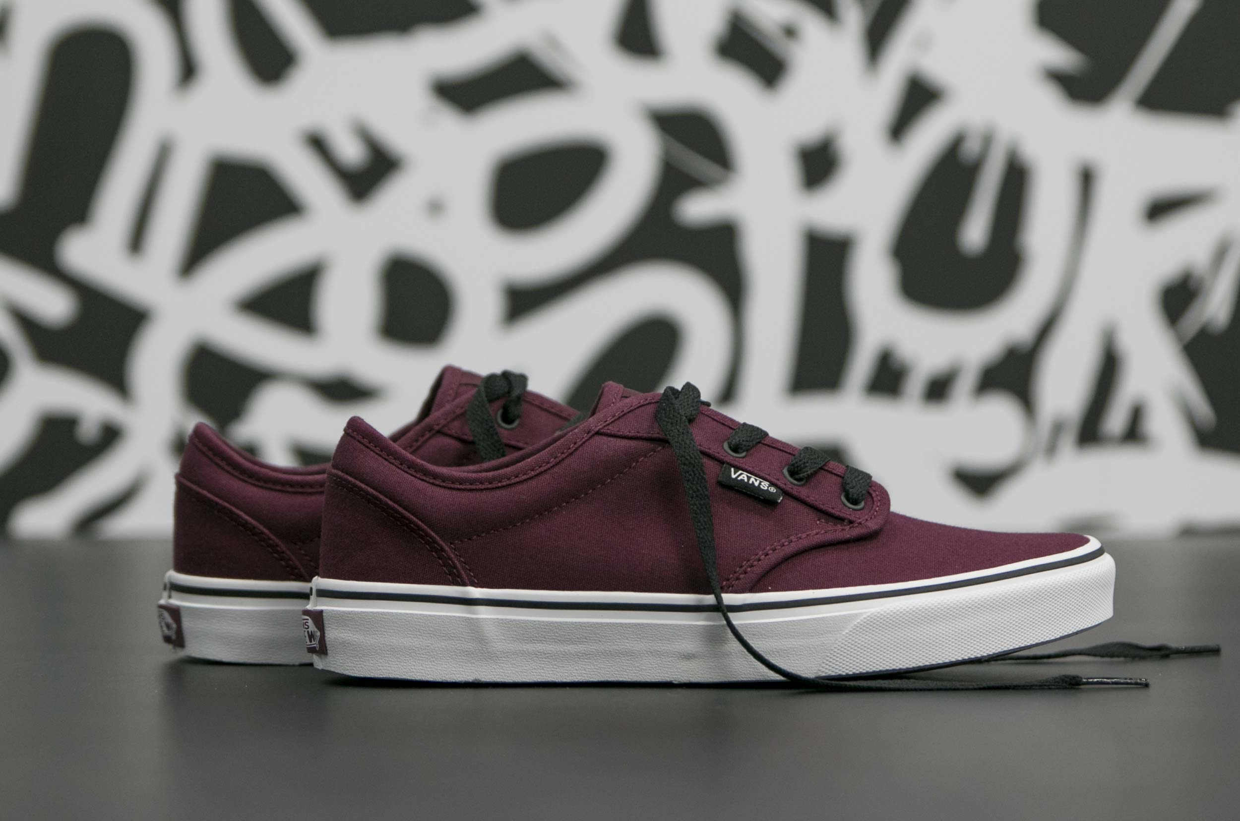 vans yt atwood